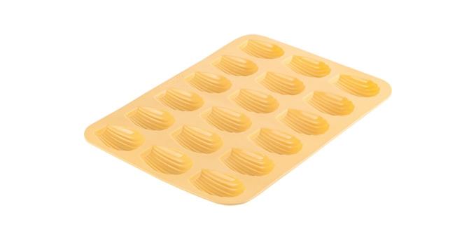 TESCOMA forma na madlenky DELÍCIA SILICONE, žlutá